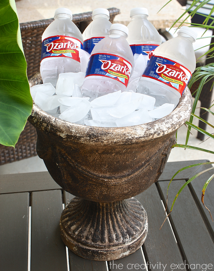 Use a garden planter as a beverage chiller for outdoor entertaining. Favorite outdoor entertaining tricks from The Creativity Exchange