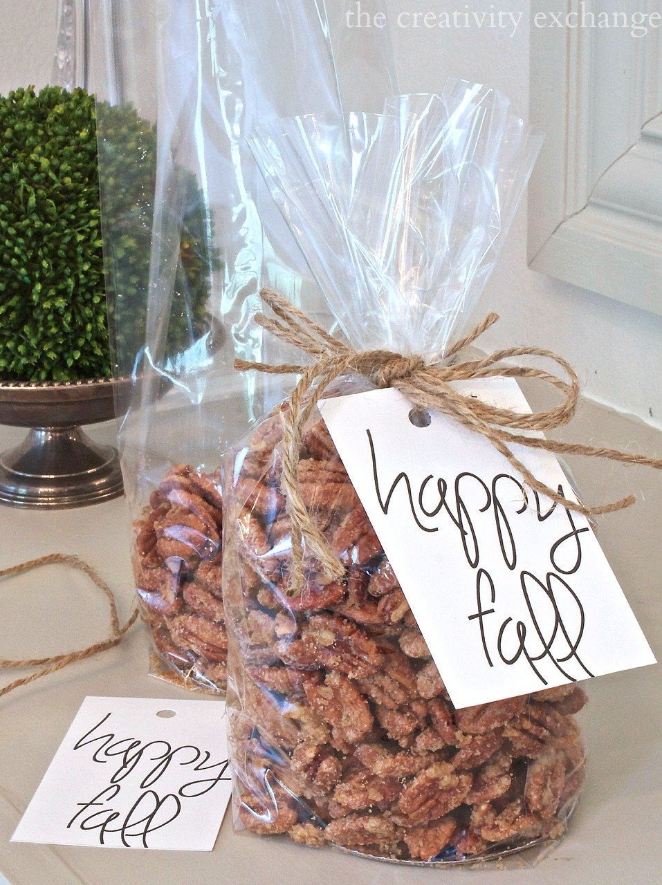 Easy sugared pecans three different ways. Printable gift tag too for fall goodies. The Creativity Exchange