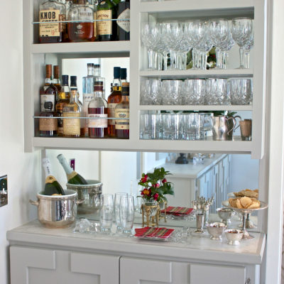 DIY Narrow Built-In Bar