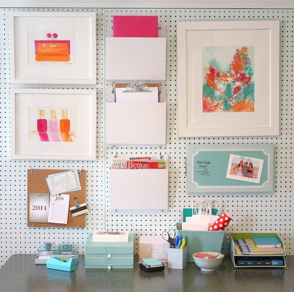 Delicieux Pegboard Storage Wall For Organizing The Office.