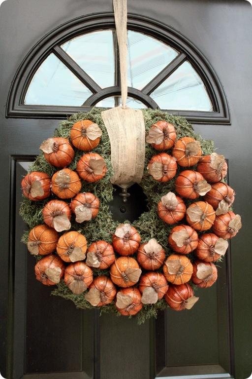 DIY moss and pumpkin fall wreath