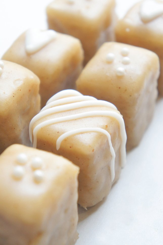 Easy Gingerbread petits fours