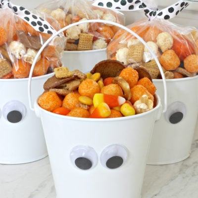 Halloween Snack Mix and DIY Wiggly Eye Buckets