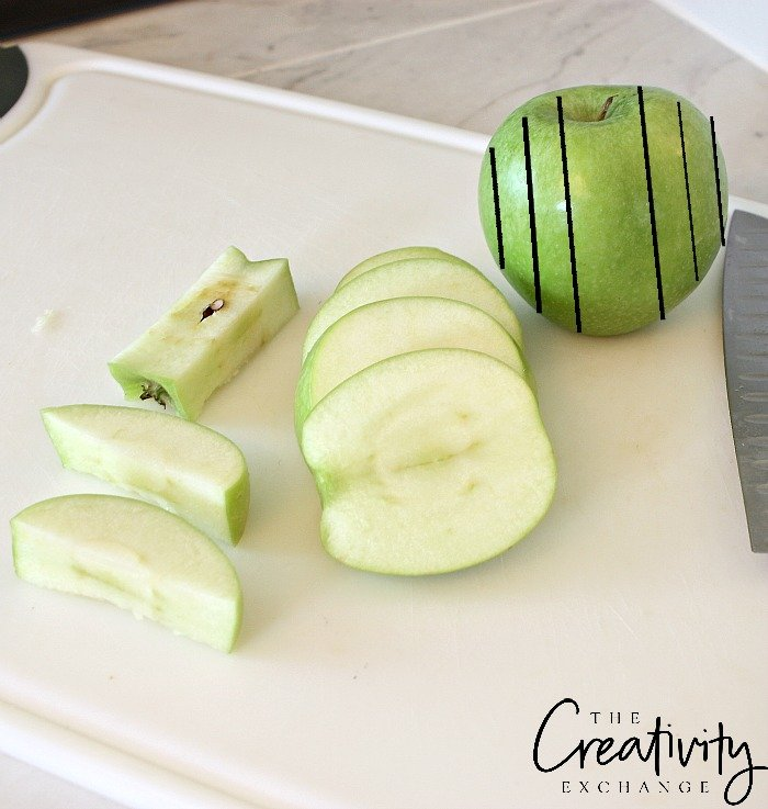 how to cut apple slices round