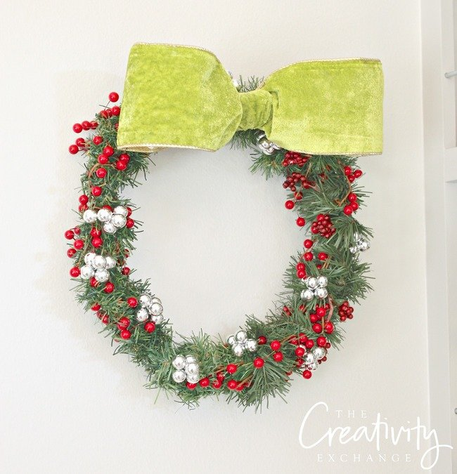 DIY Christmas Wreath Using a Wire Close Hanger.