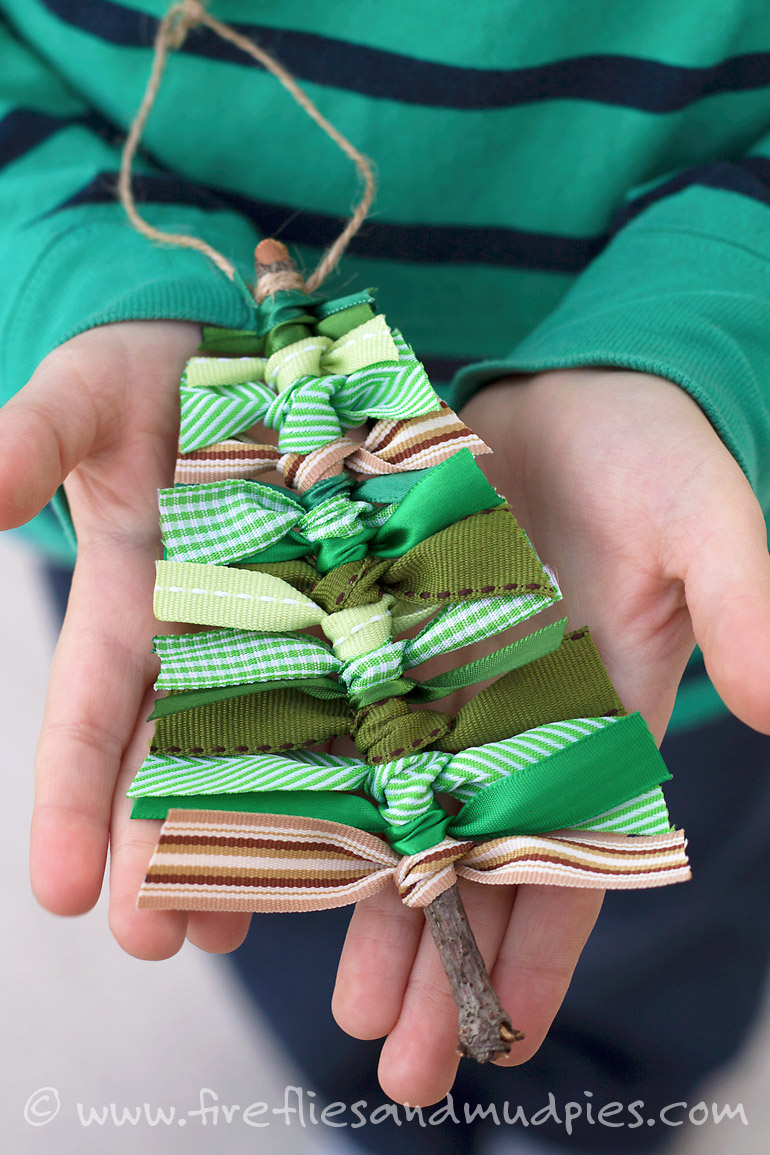 Creative Christmas Kids' Crafts and Gifts to Make