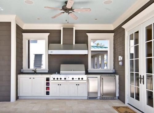 Outdoor kitchen layout. Lorraine G Vale