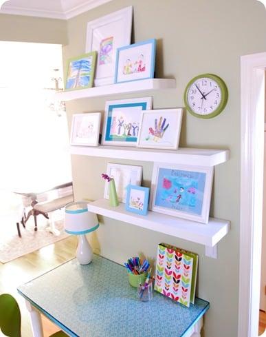 Creative ways to display kids art - Escritorios para ninos ...