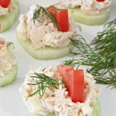 Greek Chicken Salad on Cucumber Slices