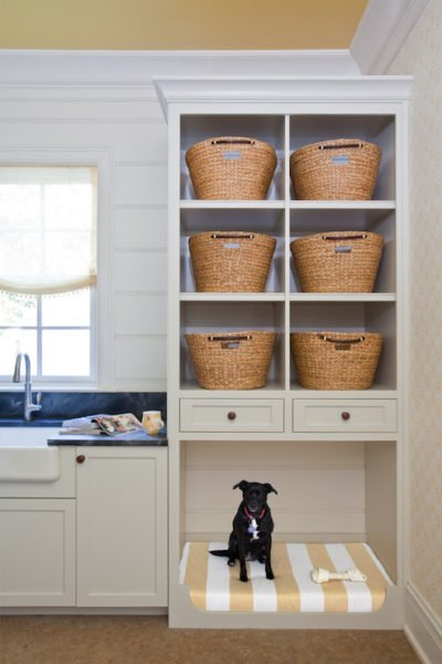 built-in-dog-bed-in-laundry-room