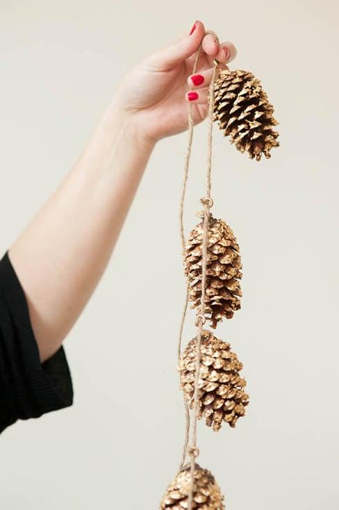 Gold Leaf Pine Cone Garland