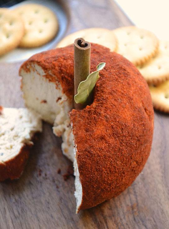 Spiced Apple Cheese Ball