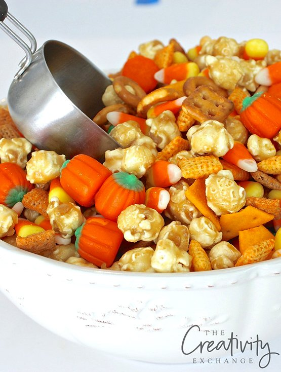 Sweet and Salty Fall Snack Mix