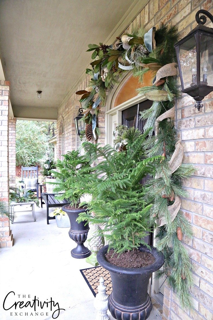 Christmas front porch decorating ideas.
