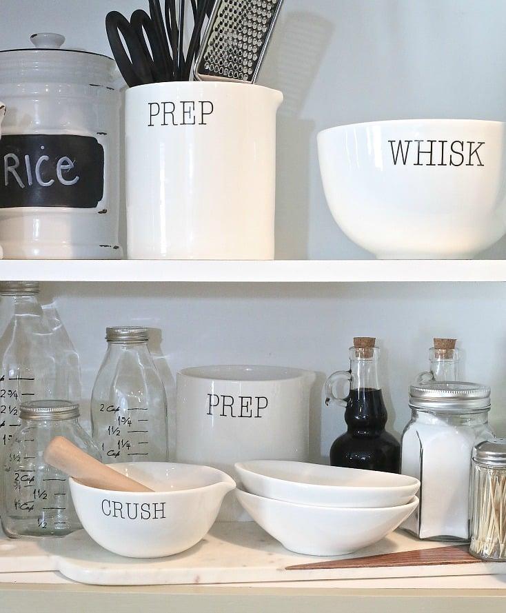 Creative ways to organize kitchen cabinets.