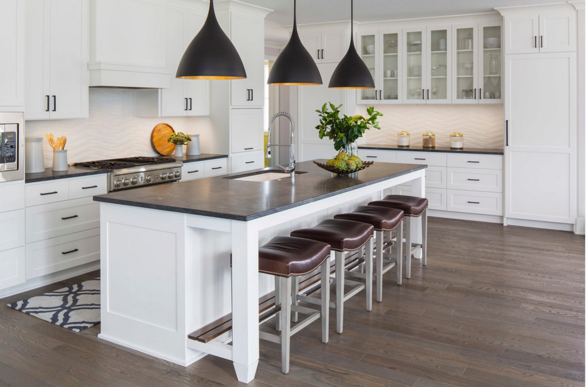 Cabinetry Color is High Reflective White by Sherwin Williams. Martha Ohara Interiors.