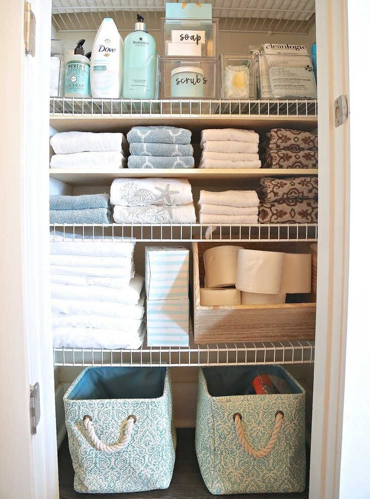 Tips and tricks for organizing linen closet or cabinet.