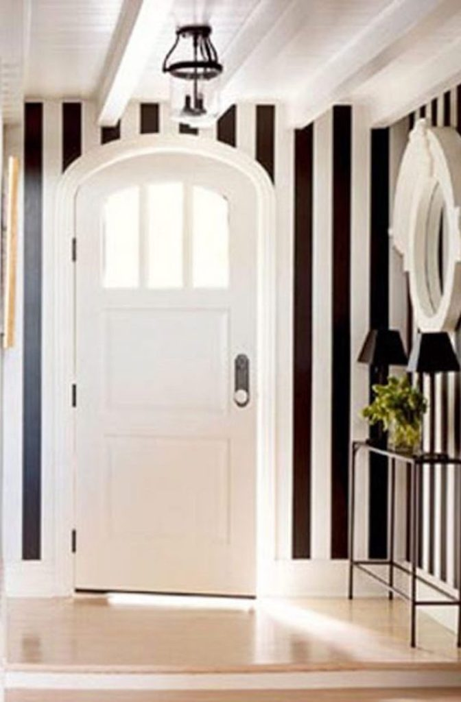 Vertical Stripped Entry
