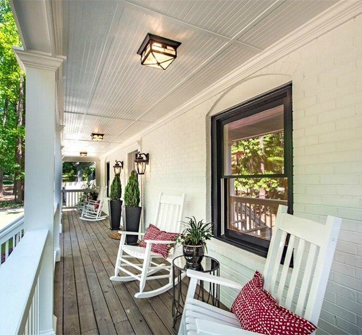 Exterior brick paint color is Sherwin Williams Pure White.