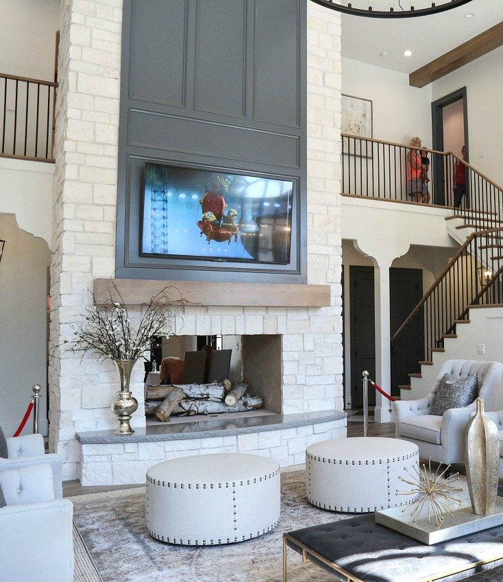 Beautiful living room with high ceilings.