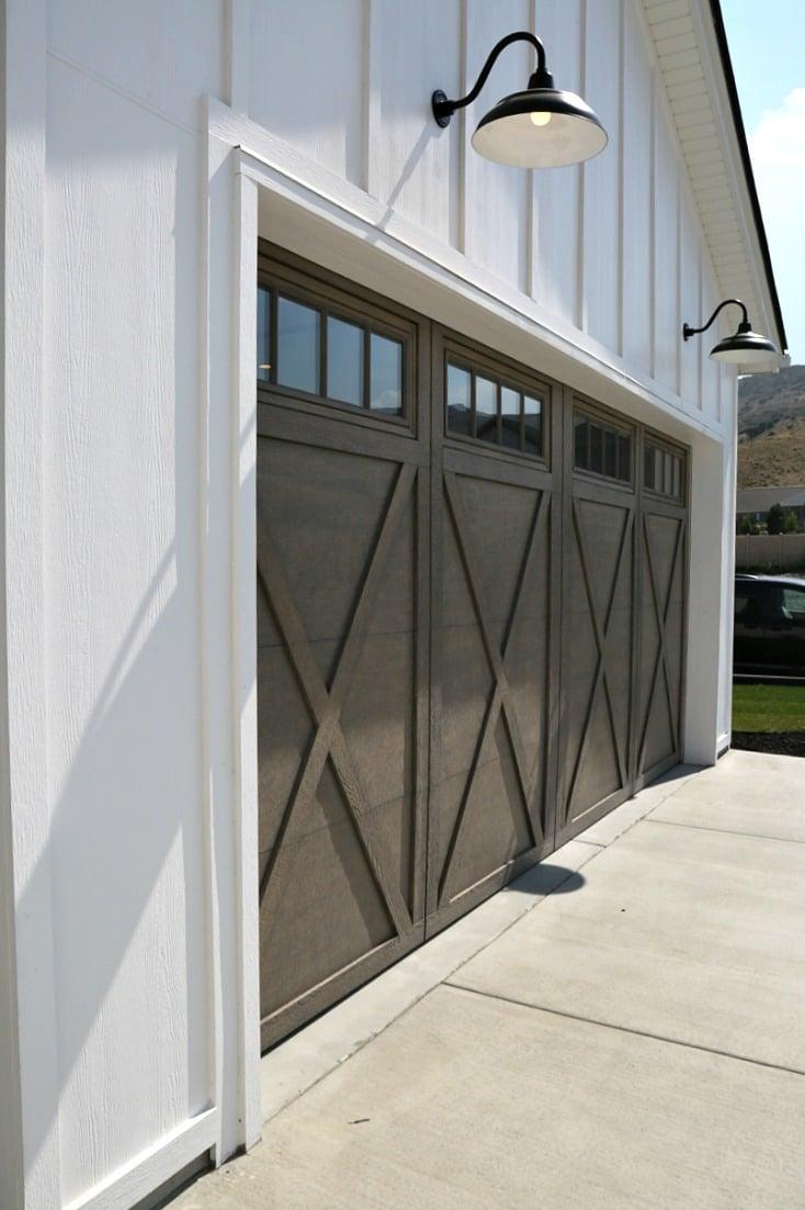 Farm House Garage Doors : Salt lake city parade of homes recap