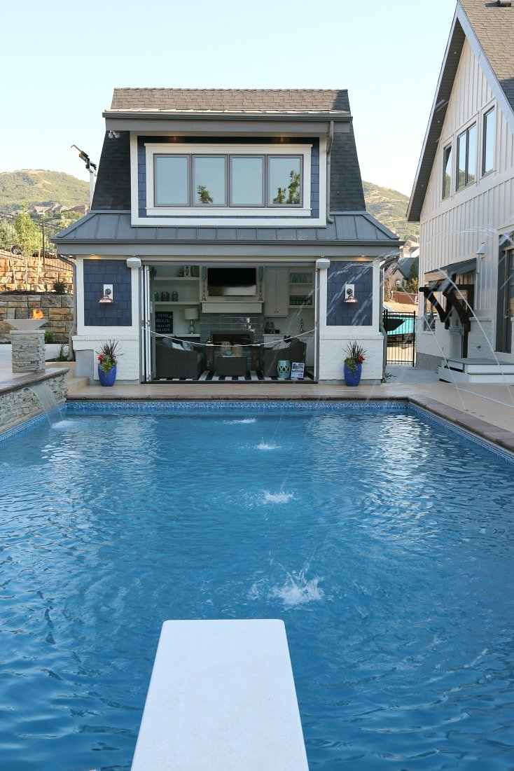 Pool house. Silverhawk Enterprises.