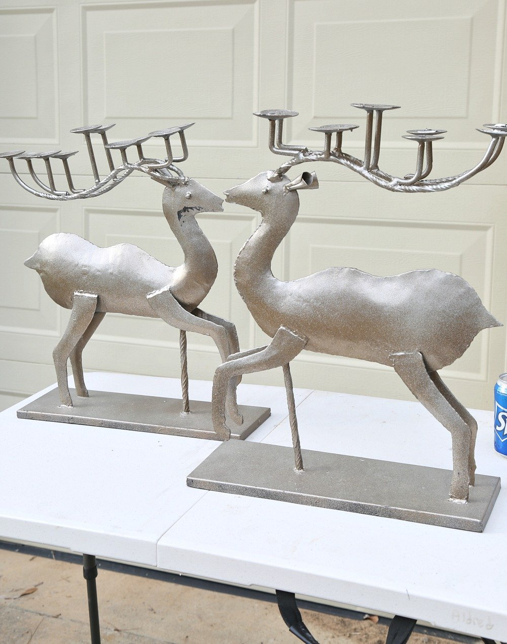 Tips for spray painting Christmas decor.