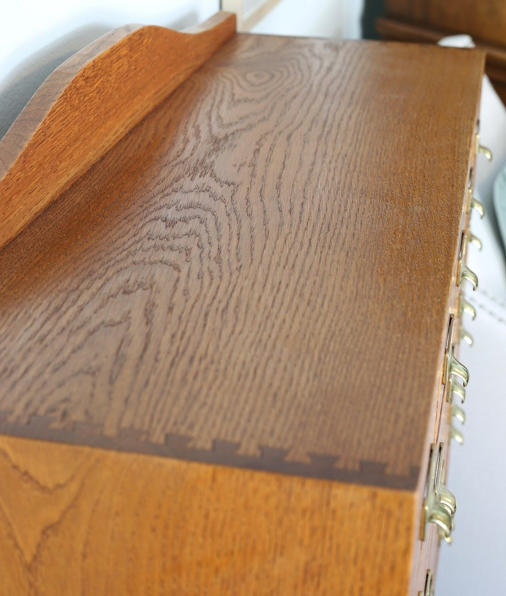 Tips for cleaning and polishing wood furniture