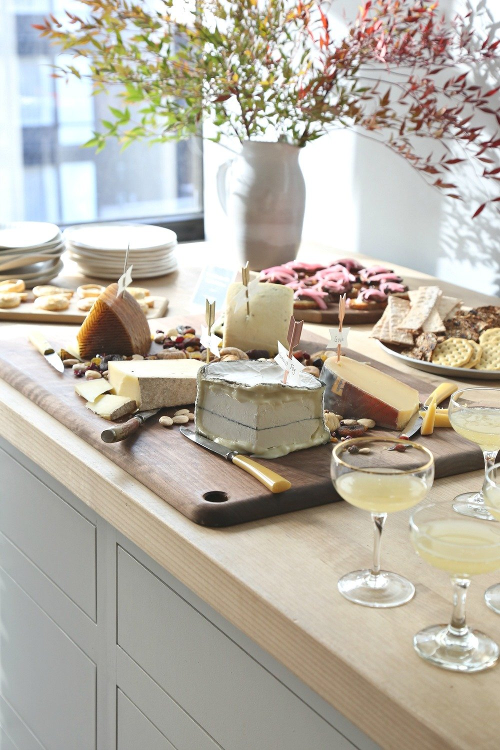 Tips for creating an easy cheese board