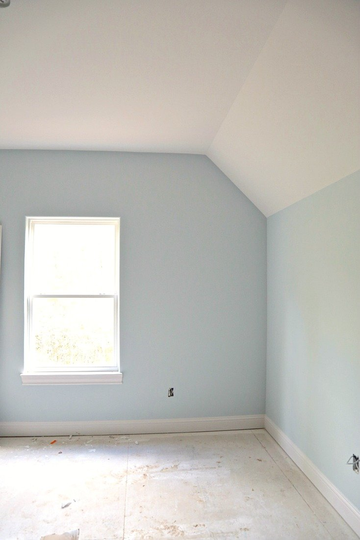 Walls painted with Benjamin Moore Pale Smoke