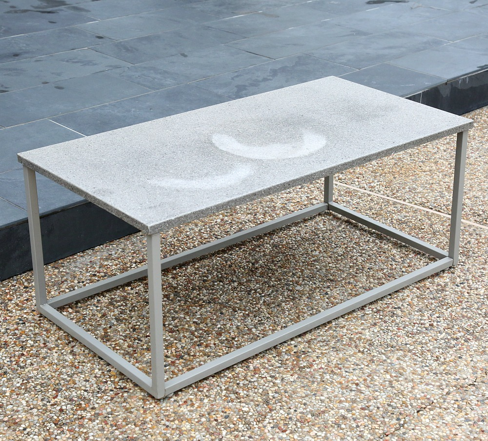 Outdoor Coffee Table Before Spray Painting