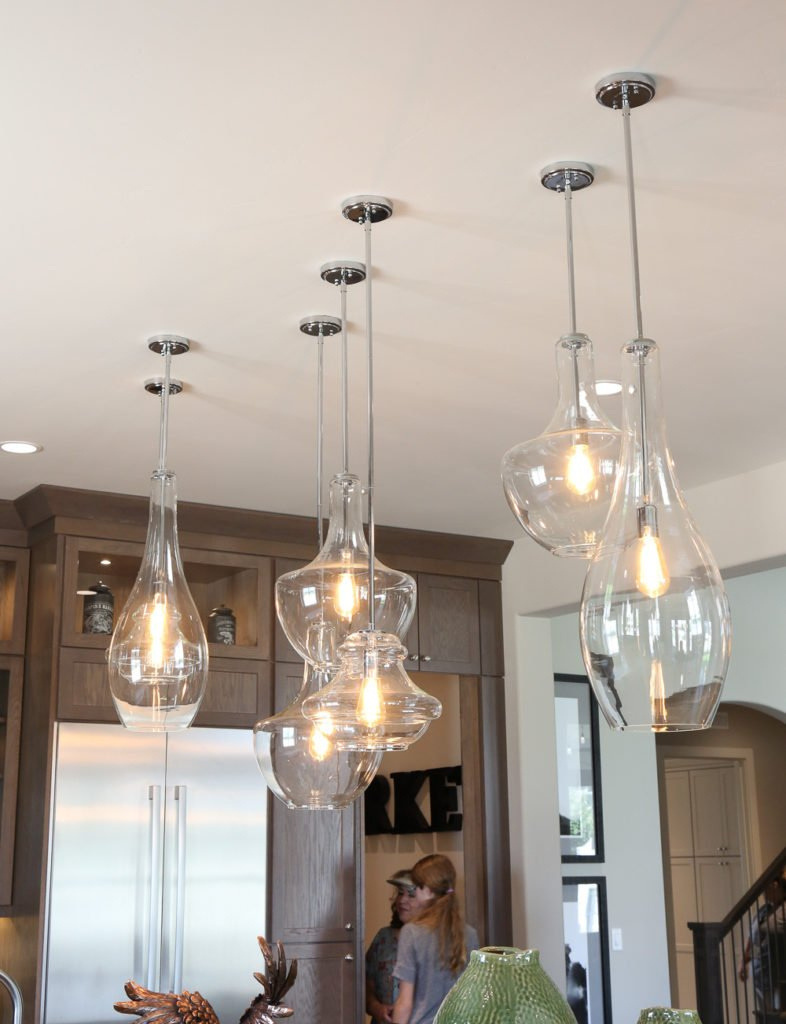 Close-up glass pendant lighting