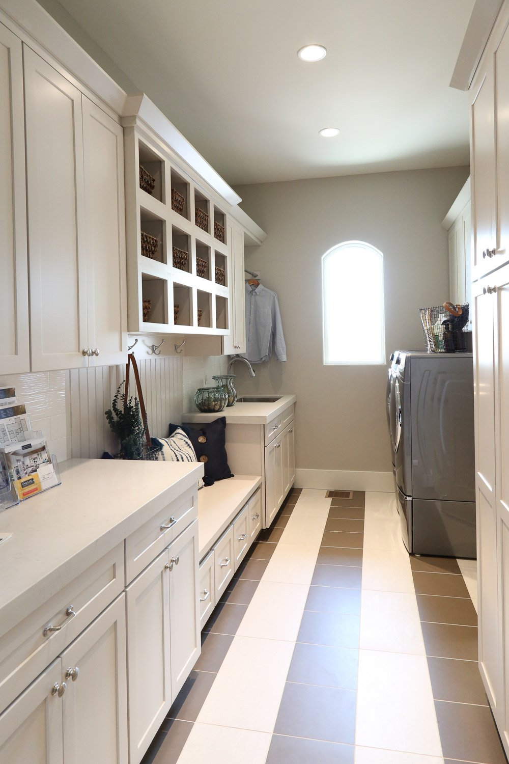 Mudroom laundry space