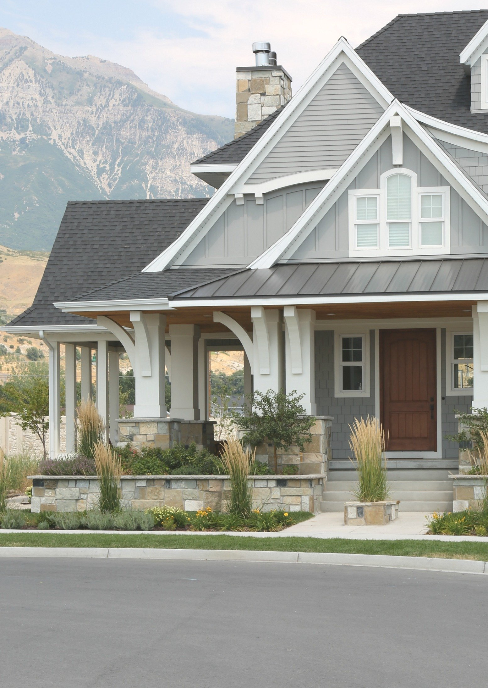 Choosing the best exterior paint for the project