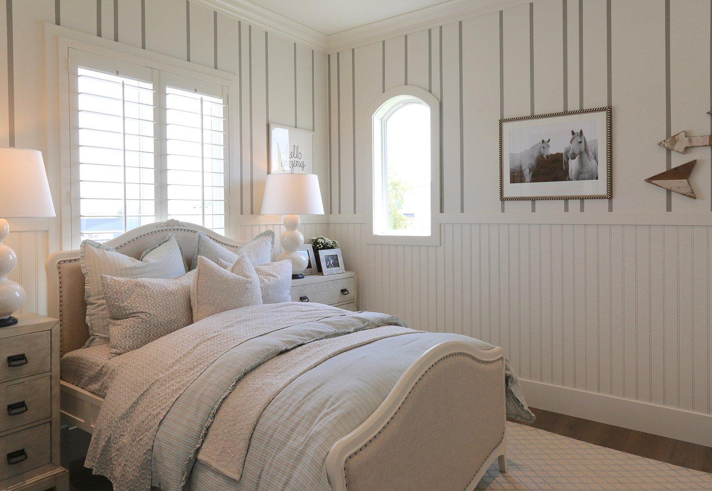 Neutral teenage bedroom