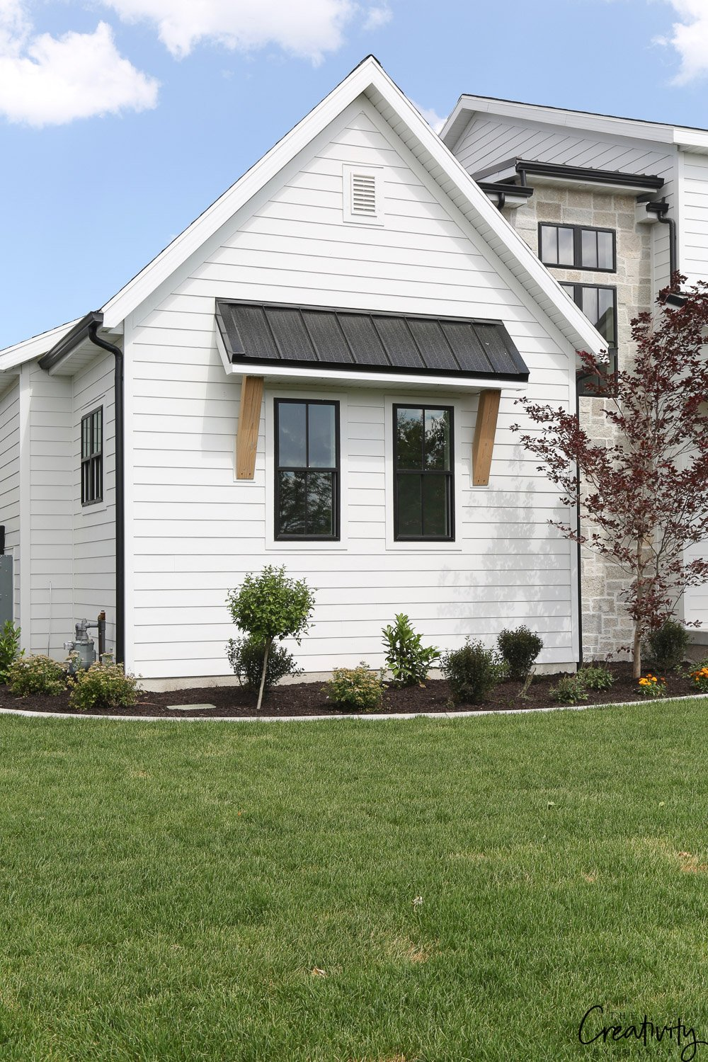 Modern Farmhouse Exterior. Millhaven Homes