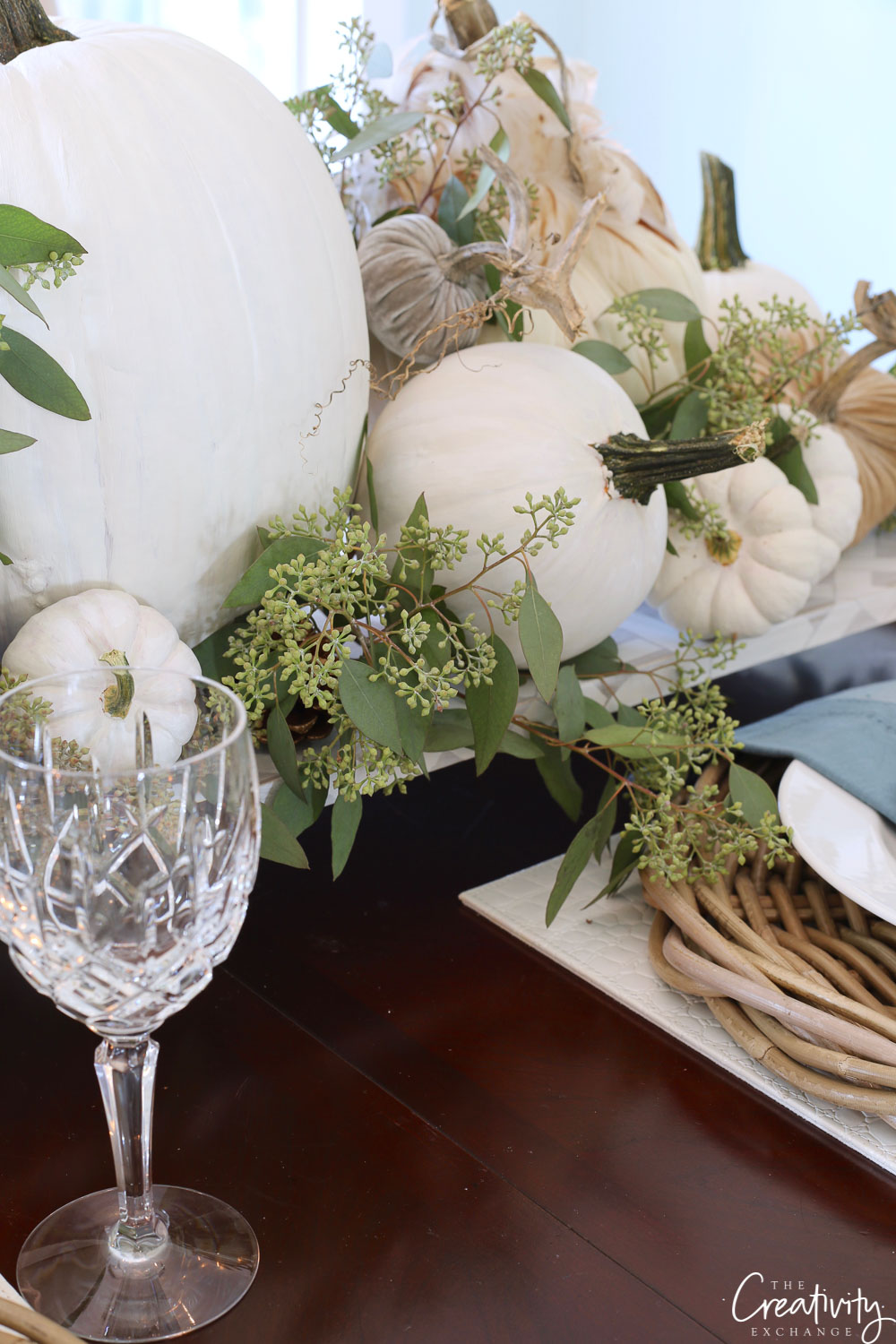 Fall tabletop decor and centerpiece
