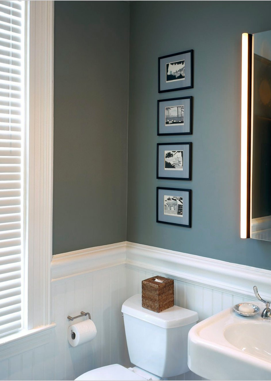 tips for using dark moody paint colors. Black Bedroom Furniture Sets. Home Design Ideas