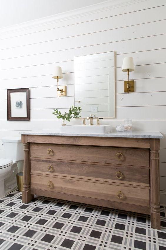 Plaid bathroom floors