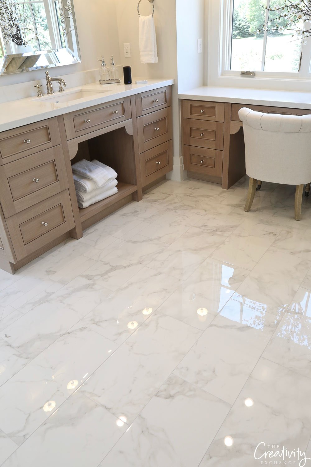 Polished marble bathroom floors