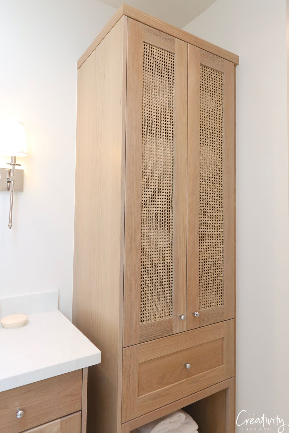 Oak bathroom cabinetry