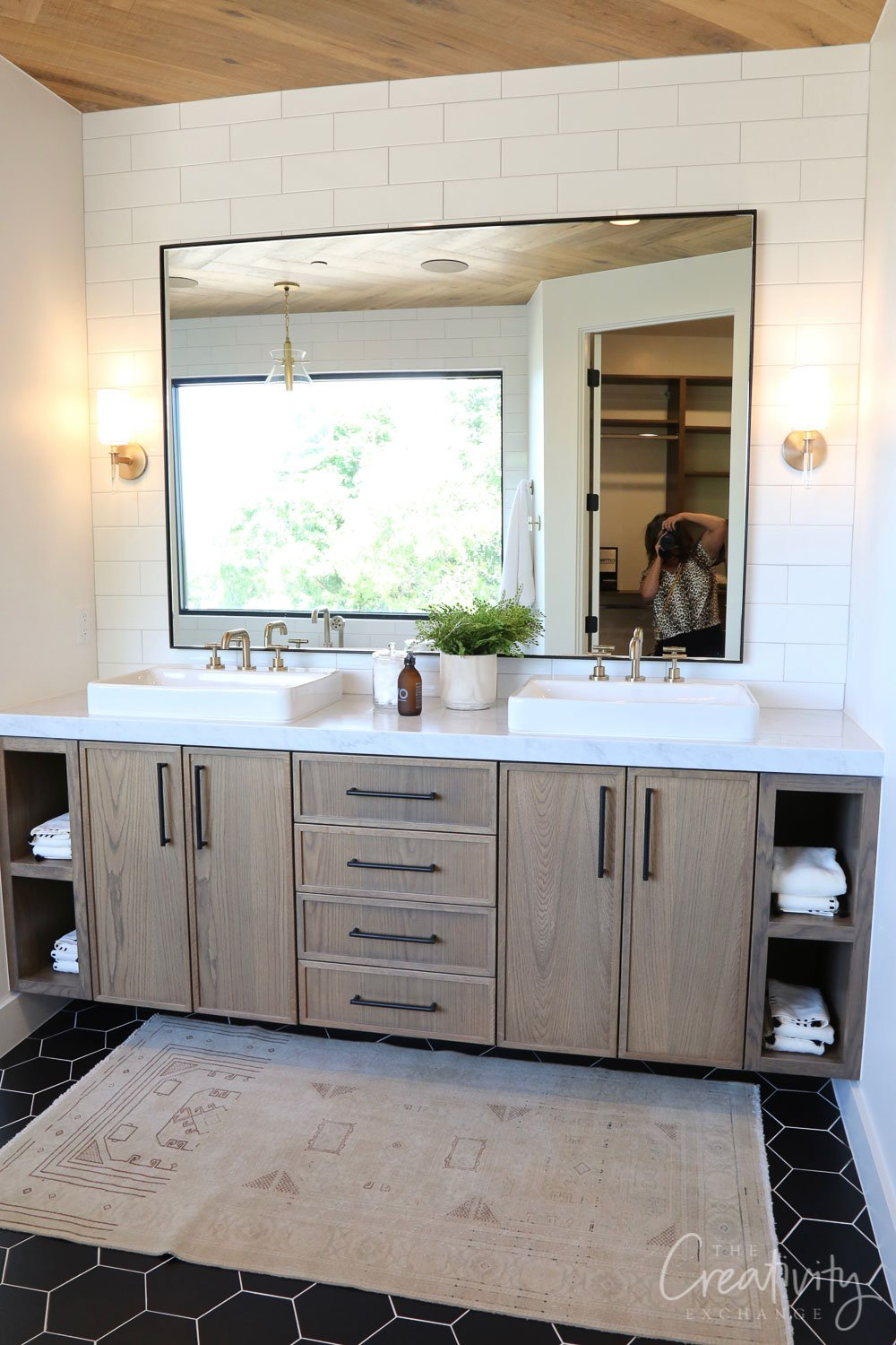 Bathroom with oak cabinetry