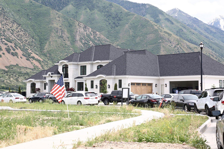 Custom home exterior in Utah Valley