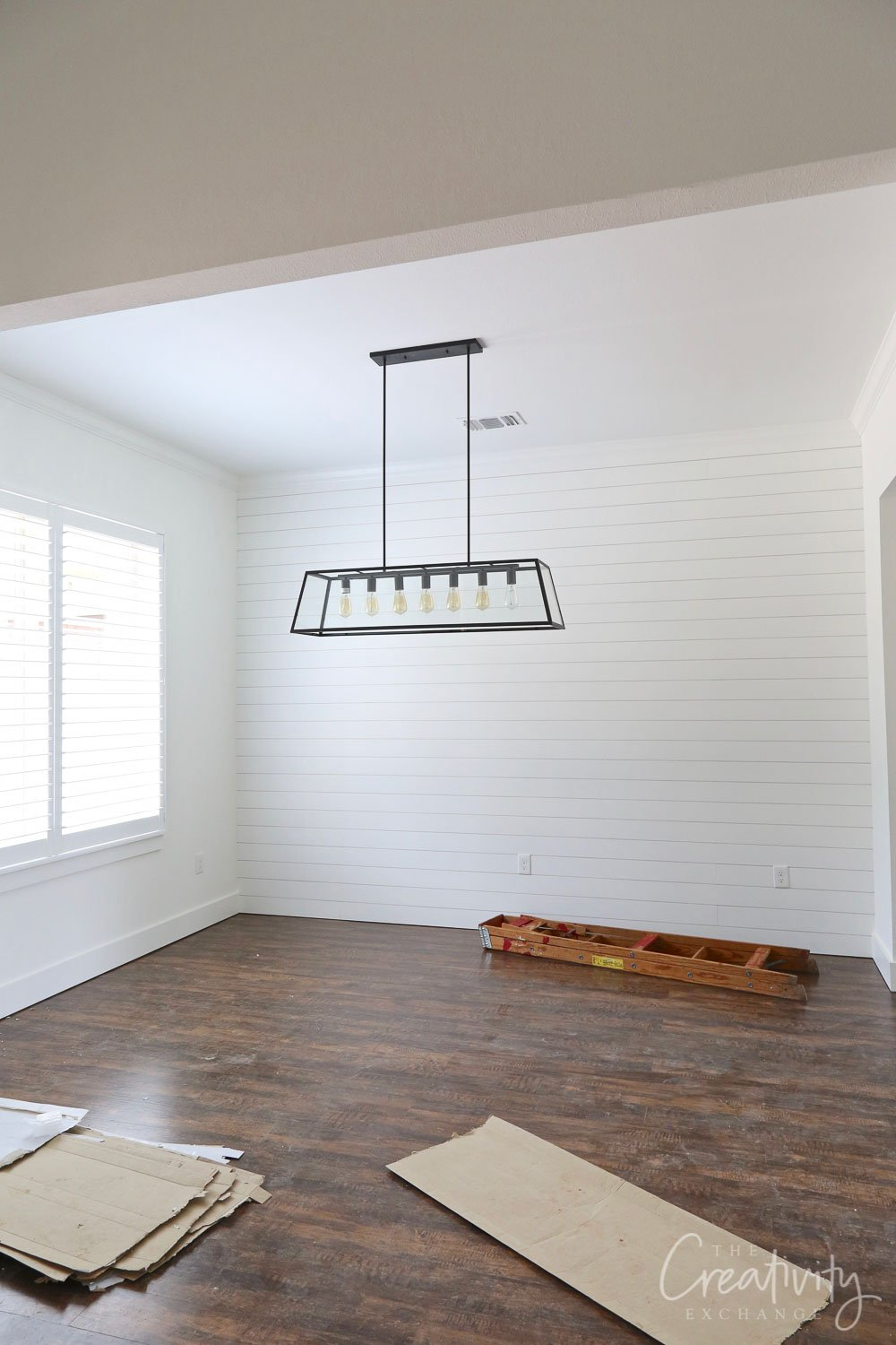 Shiplap dining room wall