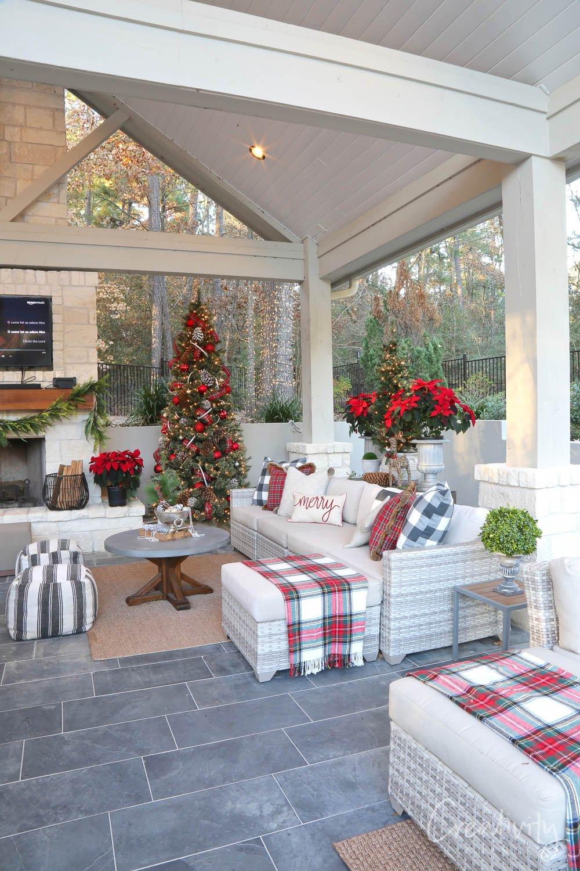 Christmas Outdoor home tour