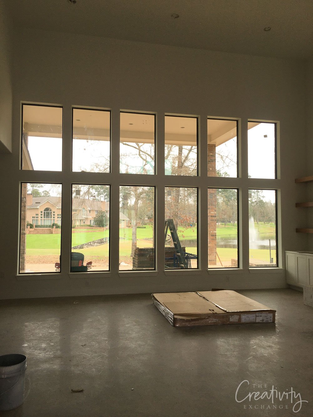 Open living room with double rows of windows
