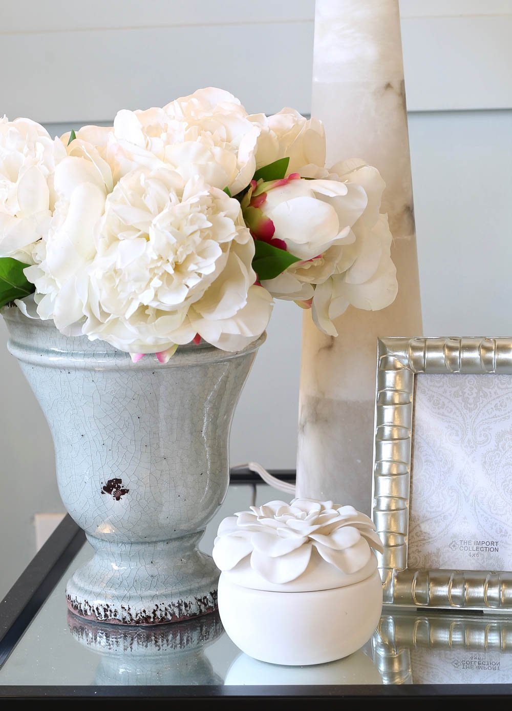 Real touch faux white peonies that LOOK and feel just like peonies!
