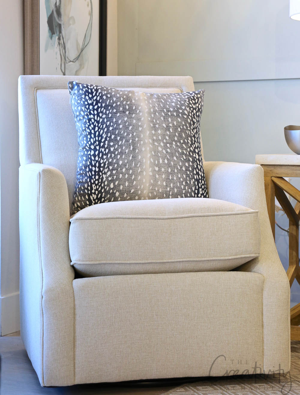 Layered Home Upholstered Swivel Chair