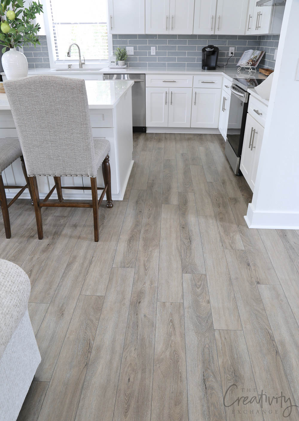 Stunning vinyl floors with a white oak look