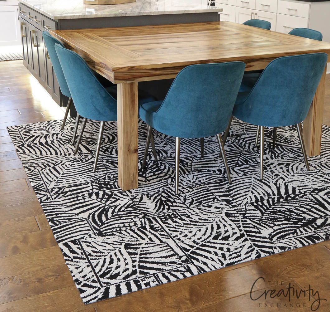 Palm black and white rug